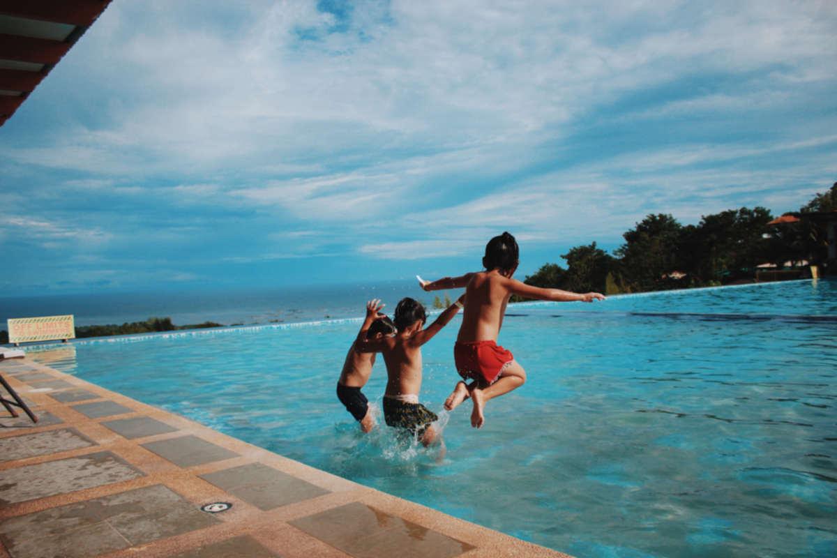 Come organizzare la Festa di Compleanno di tuo figlio in piscina