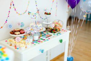 come organizzare un battesimo tra decorazioni, torte e bomboniere